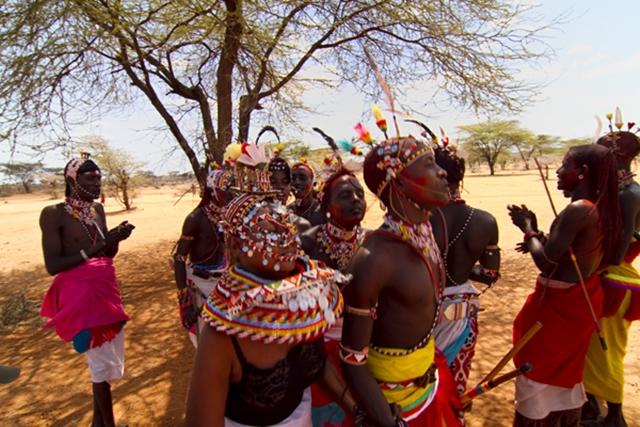 U nekim plemenima u Africi devojčicama ušivaju vaginu (Foto: Wittyfeed.com)