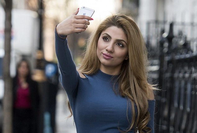 Mehreen Baig otkrila opasnost koja leži iza pravljenja selfija (foto: Ben Stevens/i-images)