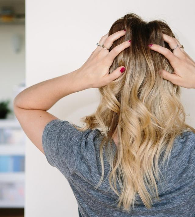 Napravite sami savršen šampon za suvo pranje kose (foto: Theeverygirl.com)