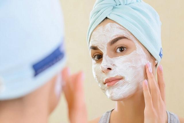 Neka vaša koža ponovo zasija - uz pomoć kukuruznog brašna (foto:  effectiveremedies.com)