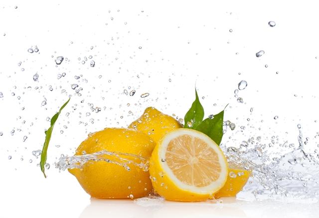 Kako da vam svež limun uvek bude pri ruci? (foto: livingtraditionally.com)