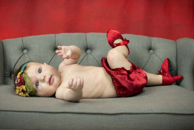 beba-cipela-štikla