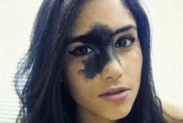 model- devojka- koža